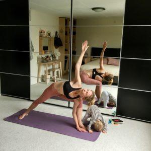 Columns by Karia Yoga Enthousiast 2