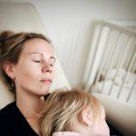 Aan de moeder van het kind dat doorslaapt