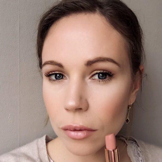 Columns by Kari Nude Lipsticks 10