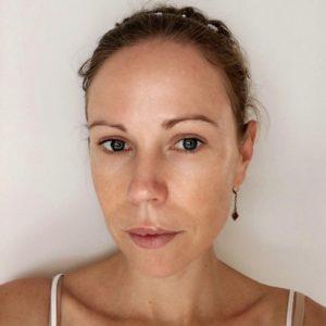 Columns by Kari Summer Glow Makeup Routine 2