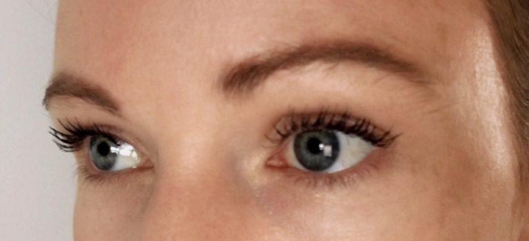 Columns by Kari Summer Glow Makeup Routine 9