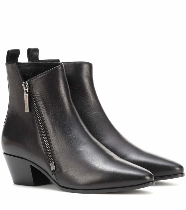 Columns by Kari YSL black leather boots