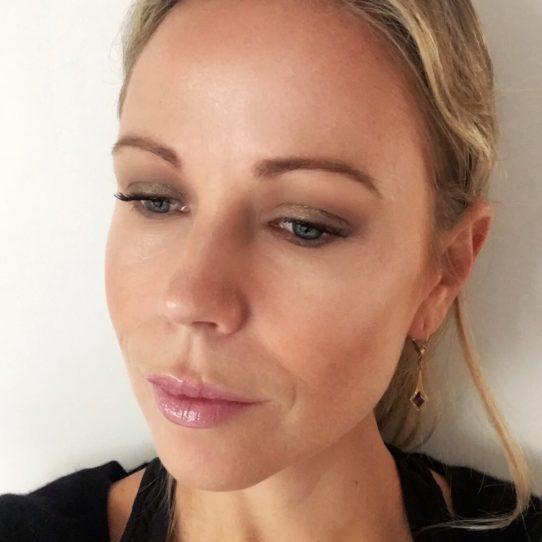 Columns by Kari Makeup Actie BeeBee Cosmetics 8