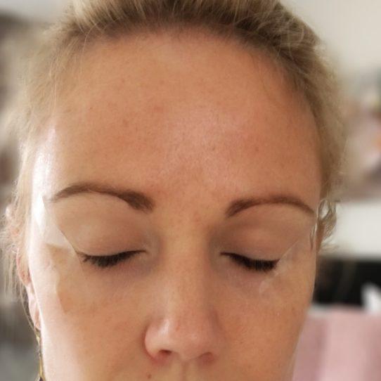 Columns by Kari Smokey Eye Makeup Routine 14