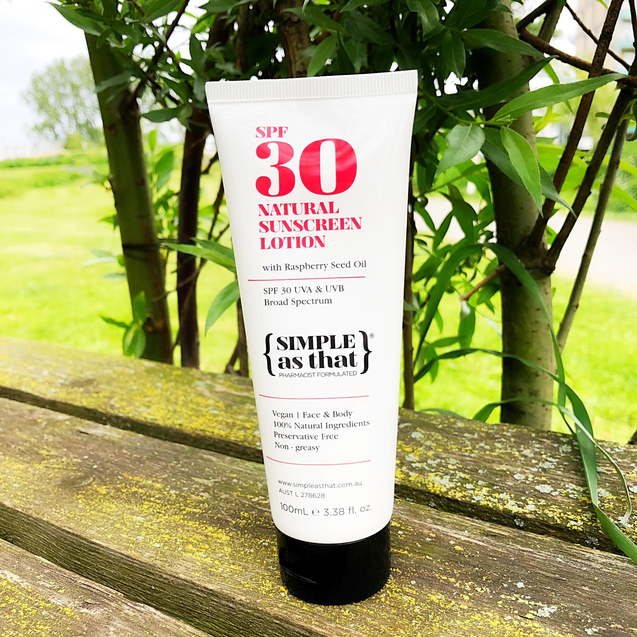 03c011861697b5 ... natuurlijke zonnebrandcrème, die geschikt is voor je gezicht en  lichaam, helemaal veganistisch is, geen conserveringsmiddelen bevat én geen  witte waas ...